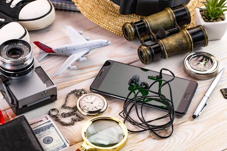 items and accessories on the table Banco de Imagens