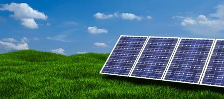 Zonnepaneel produceert groene, milieuvriendelijke energie uit de zon. Stockfoto