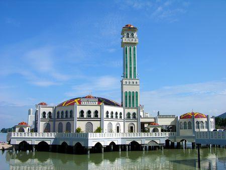 Schwimmende Moschee, Insel Penang, Malaysia  Standard-Bild