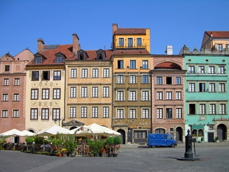 rynek: Colorful buildings on Market Square, Warsaw, Poland Editorial