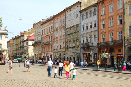 lemberg: LVIV, UKRAINE - JUNE 15, 2015: Market Rynok square of Lviv - the central square and most popular touristic place in historical part of town