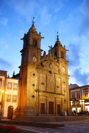 exterior shape: Holy Cross Church (Igreja de Santa Cruz), Braga old town, Porugal