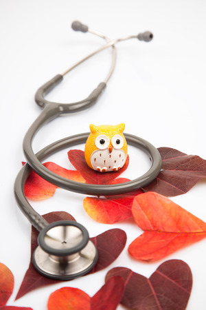 attac: Stetoscope with a heart shaped leaves