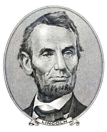 Portret van de voormalige Amerikaanse president Abraham Lincoln als hij kijkt op vijf dollar bill voorzijde