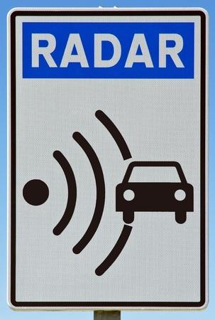traffic signal: Signal radar Signal indicateur, trouv� sur les routes en Espagne l'Europe