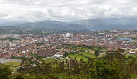 Panoramic view of the city of Oviedo, Asturias, Spain 版權商用圖片