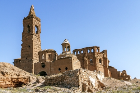 civil war: Belchite is a town in the province of Zaragoza Spain. Is known to have been the scene of one of the symbolic battles of the Spanish Civil War, the Battle of Belchite. Now it is abandoned.  Stock Photo