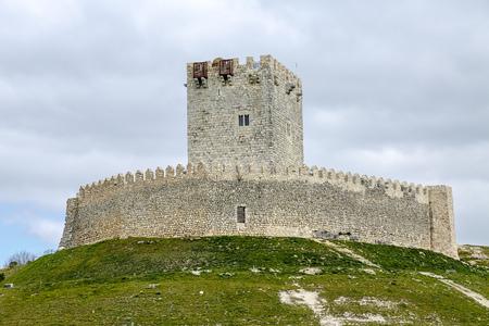 castilla y leon: Tiedra castle, Valladolid, Castilla y Leon, Spain Editorial