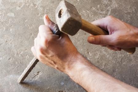 bricklayer: alba�il hombres las herramientas de trabajo, los antecedentes de la construcci�n Foto de archivo