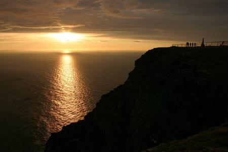 真夜中 (な) ノルウェーの有名な北岬 写真素材 - 8473806