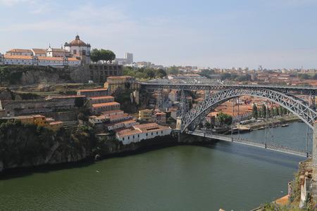 dom: Le pont Dom Luiz � Porto, Portugal