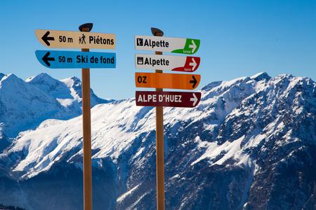 oz: Slope signs in the ski resort of Alpe d Huez - Vaujany - Oz Stock Photo