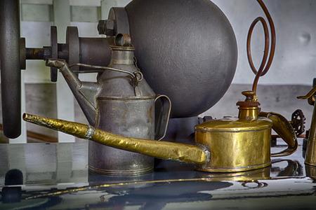 MAQUINA DE VAPOR: La m�quina de vapor de edad de la f�brica de papel Herisem Foto de archivo