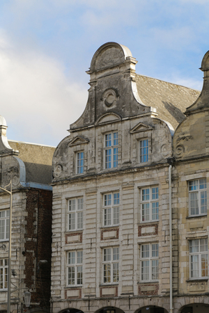 The townhall and the Grand place in the French Arras 写真素材