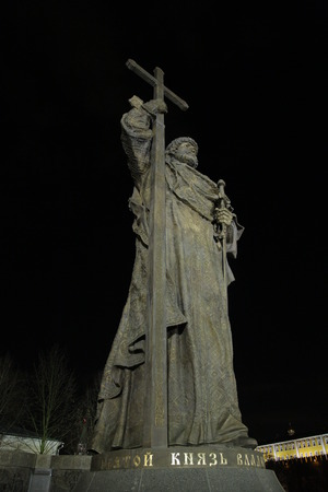 monument of Vladimir in Moscow at night 版權商用圖片