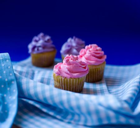 Three delicious cupcakes Standard-Bild