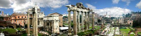 roma antigua: Panor�mica del Foro de Roma, Italia  Foto de archivo