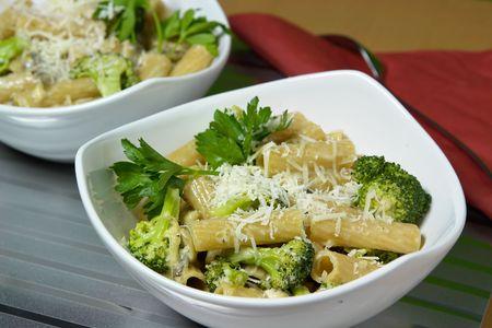 stirred: Pasta with mashrooms and broccoli