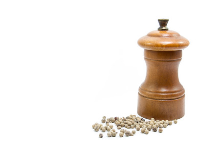 pepper grinder: pepper grinder isolated on white background