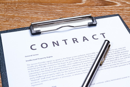 contrato de trabajo: papel del pliego de negocio Foto de archivo