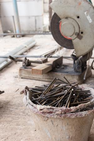 assemblies: cutting steel tool