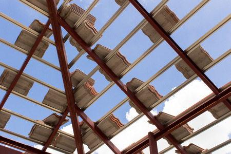 tabulate: Sort tiles roof for building houses.