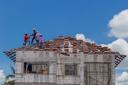 tabulate: NAKHONRATCHASIMA, THAILAND - SEPTEMBER 22, 2015: Sort tiles roof for building houses in Nakhon Ratchasima Korat.