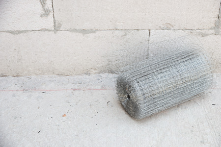 wire mesh: Preparatory work of wire mesh before making plastering cement