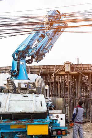 産業用建物の建設男仕事制御油圧ポンプ、コンクリート機械