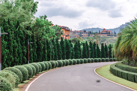 Beautiful city scape parking The Toscana Valley Italian style in khaoyai Nakhon Ratchasrima 免版税图像
