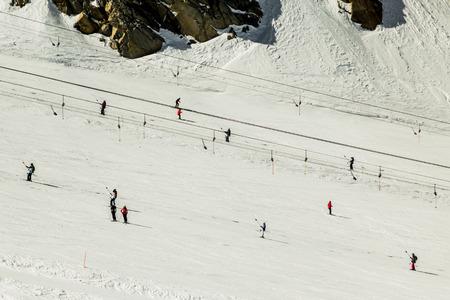 kitzsteinhorn: Skiing people and rope tow systems of Kitzsteinhorn ski region in Austria