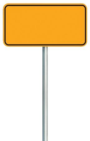 Lege gele verkeersbord geïsoleerd, Grote Waarschuwing Kopie Ruimte, zwart frame langs de weg Signpost Uithangbord pool post Lege Traffic Signage