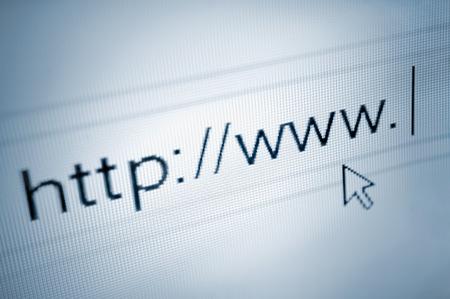 포인터를 화살표 브라우징 브라우저의 주소 표시 줄에 http www가 텍스트를 가리키는 커서, 부드러운 매크로 웹 URL 링크 페이지 근접 촬영 스톡 콘텐츠