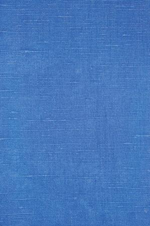Azul brillante natural de la fibra de lino textura de lino, primer macro detallada, patrón de la vendimia con textura rústica arrugado tela arpillera lienzo, Vertical fondo áspero espacio de la copia Foto de archivo