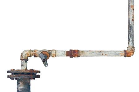 오래 된 녹슨 파이프, 세 풍 화 격리 된 grunge 녹 철 파이프 라인 및 배관 연결 관절, 산업 탭 피팅, 수도꼭지, 밸브, 대형 자세한 수평 근접 촬영