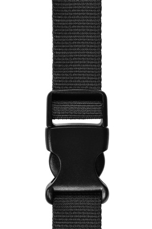 Cierre de plástico con hebilla acculoc de liberación lateral negra, correa de bloqueo de cuerda de cinturón de nailon rápido, primer plano macro aislado, gran estudio de accesorios verticales detallado
