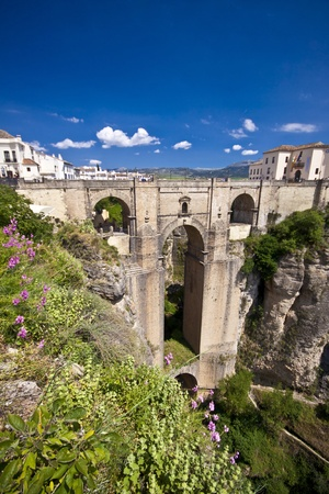 New bridge in Ronda, one of the famous white villages in Andalucia, Spain Stock Photo - 9585004