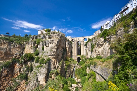 New bridge in Ronda, one of the famous white villages in Andalucia, Spain Stock Photo - 9585005