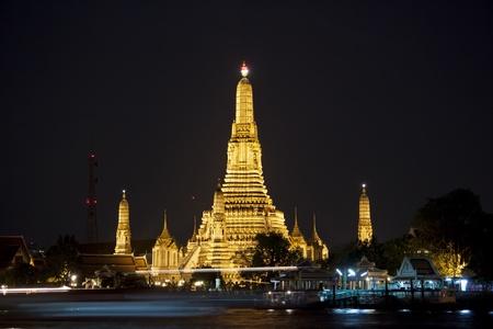 Bangkok, Thailand - Wat arun in sunset  photo