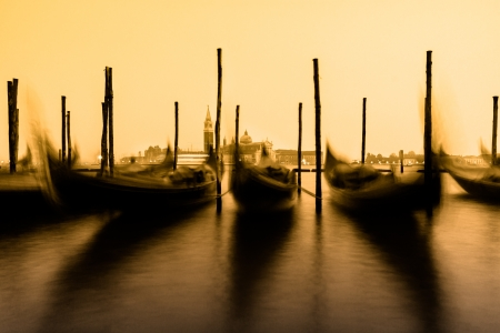 venezia: Venice in the evening light with gondolas on Grand Canal against San Giorgio Maggiore church. Italy, Europe.