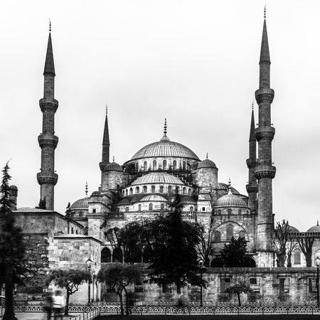 blue mosque: The Sultan Ahmed Mosque in Istanbul.  Stock Photo