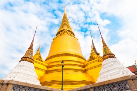 Thailand - Bangkok - Temple - The Wat Phra Kaew (Temple of the Emerald Buddha) photo