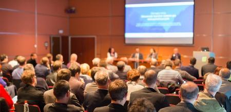 Business Conference en Presentatie Publiek bij de conferentiezaal
