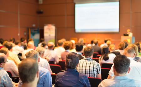 akademický: Business Conference a prezentace Audience v konferenčním sále