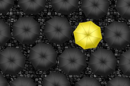 Gele paraplu Heldere gele paraplu onder set van zwarte paraplu Stockfoto