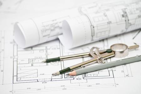 heap van architectonisch ontwerp en project blauwdrukken tekeningen van het huis. technische tekeningen.