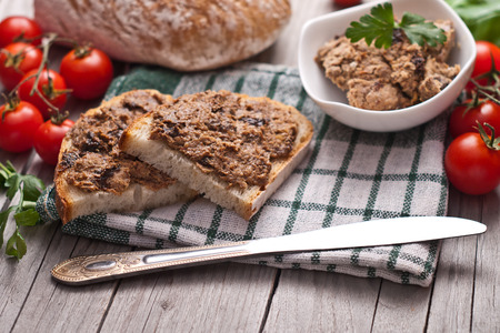 sandwich spread: traditional rye bread with pate