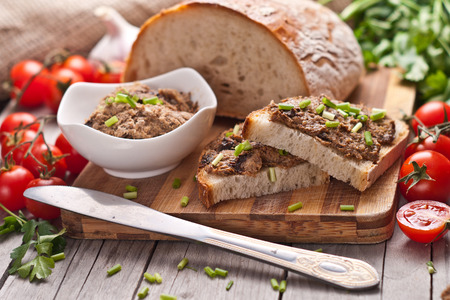 pate: traditional rye bread with pate