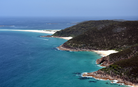 nsw: Coastline of Shoal bay on a sunny day from Mount Tomaree Lookout (Central Coast, NSW, Australia) Stock Photo