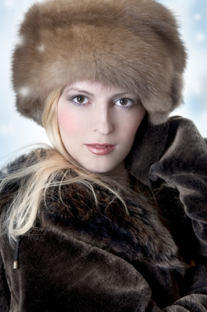 fur coat: Fashion Wearing woman in fur Hat And Coat